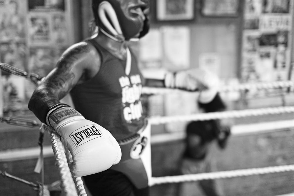 """Jungtinės Karalystės vidutinio svorio čempionas Ashley """"Trasure"""" Theoprane. © Tadas Kazakevičius"""