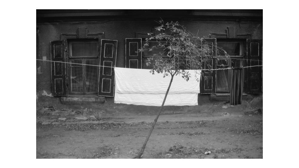 LT1993_laundry