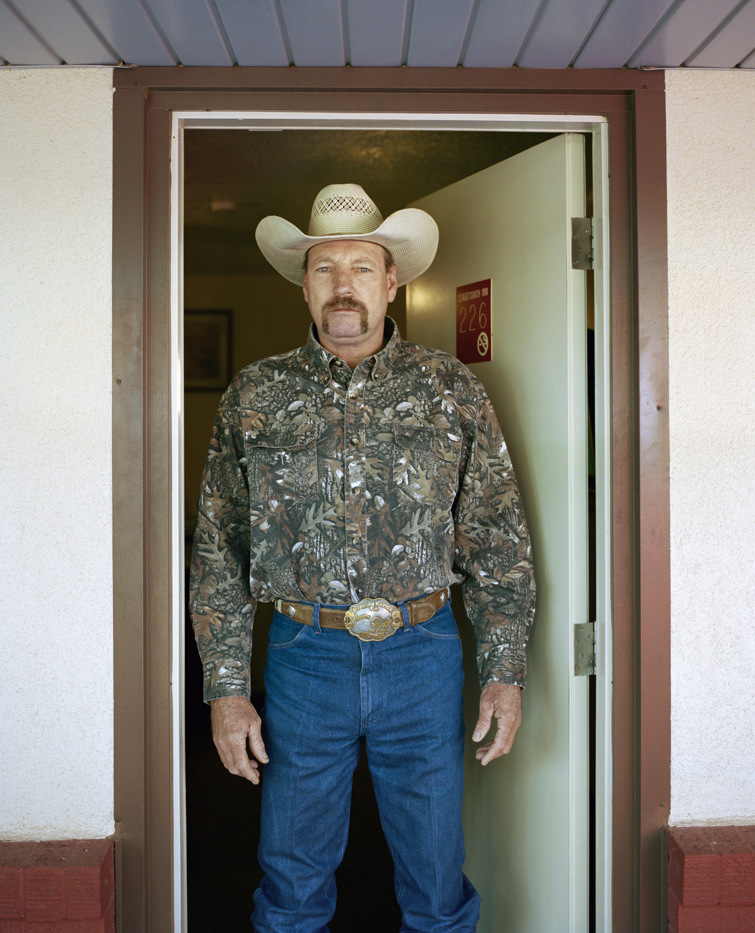 Jay T Harbour, Stagecoach motel, Carlbad NM