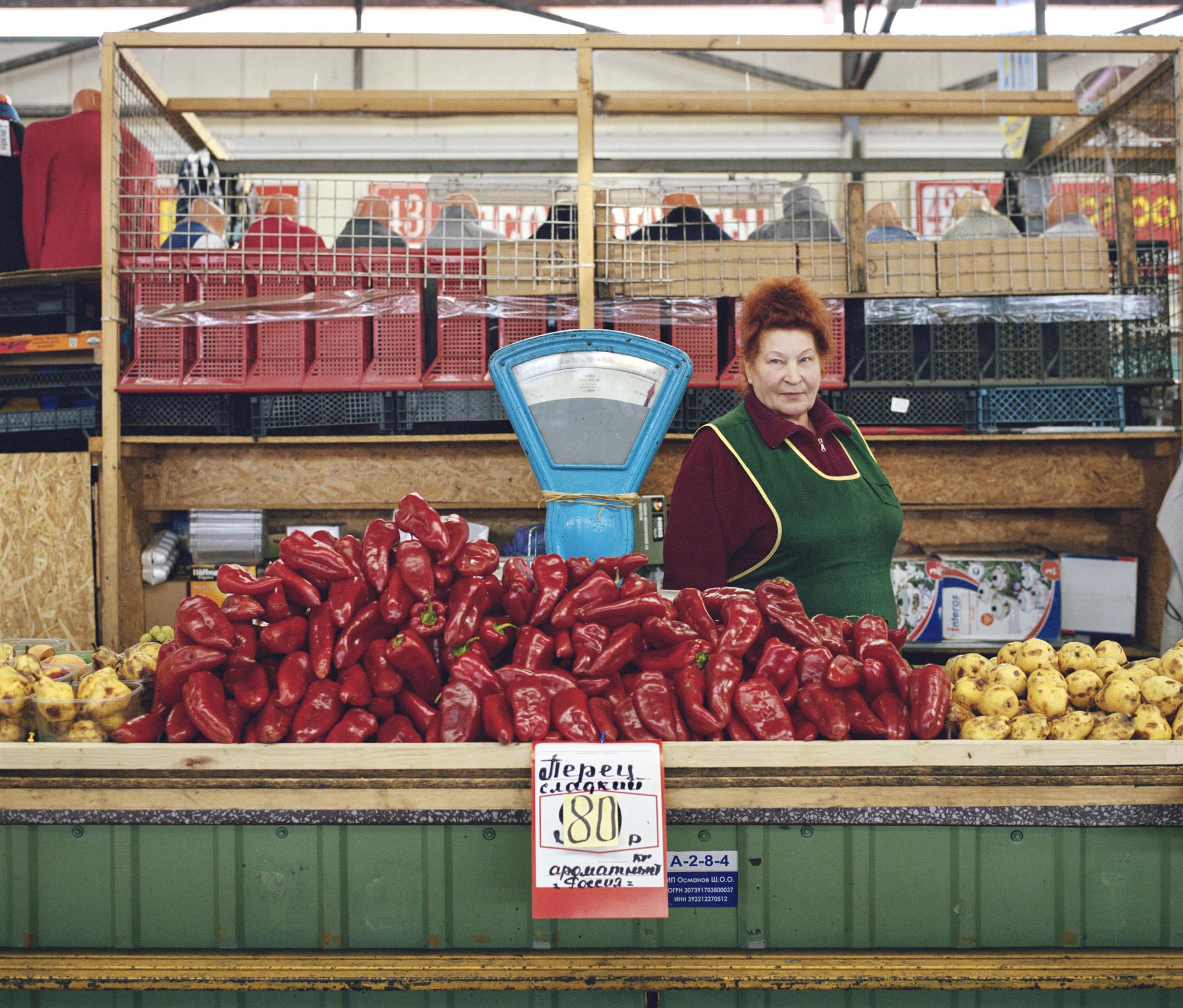 05-Auntie-Nina-Maximovna-Kaliningrad-market